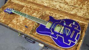 Garth Brooks Notre Dame Guitar