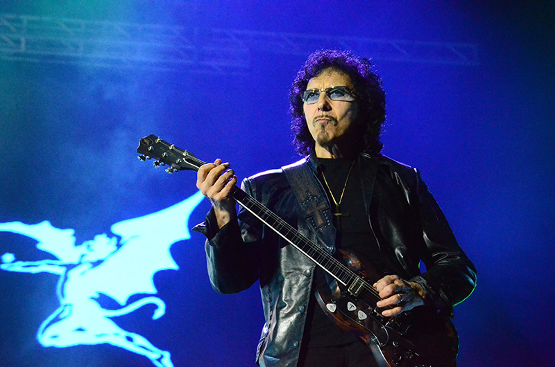 Tony Iommi Guitars and Gear (Featured Image)