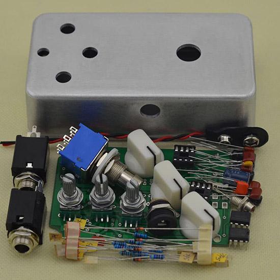 DIY Fuzz Pedal Kit 1590B Hammond Style Aluminum Box