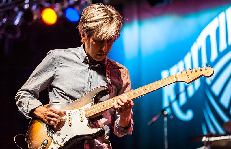 Eric Johnson playing one of the hardest guitar songs