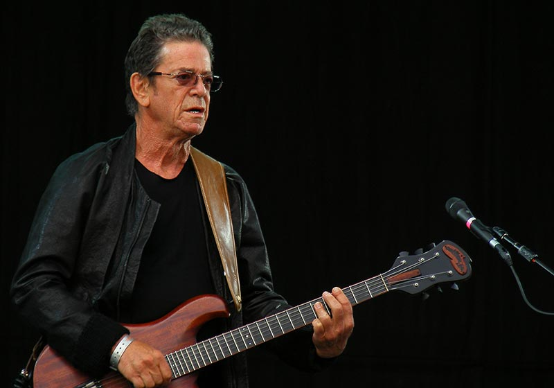 Lou Reed Playing Guitar Live