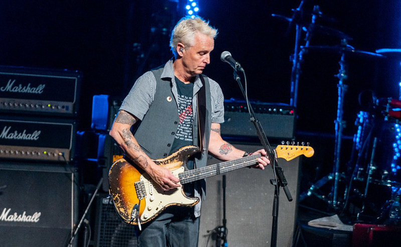 Mike McCready Playing Guitar