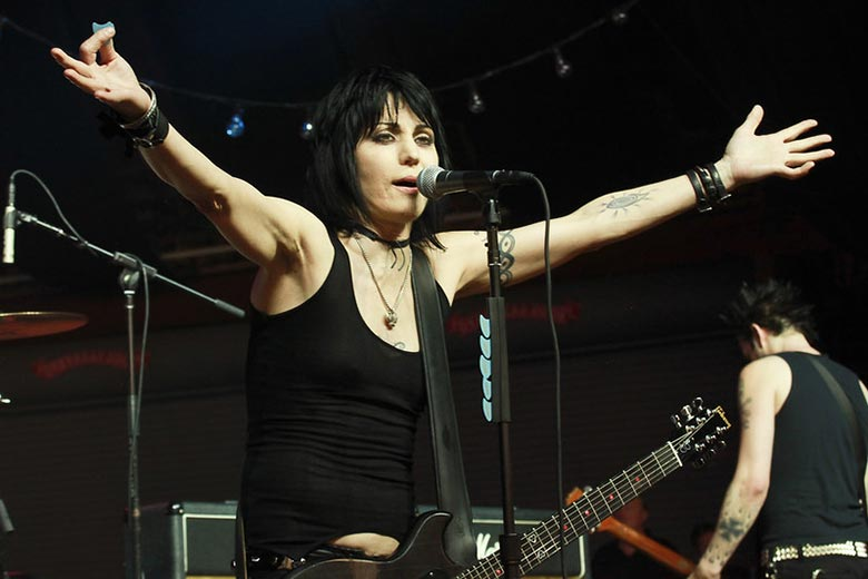 One of the Best 80s Female Singers Joan Jett Performing Live